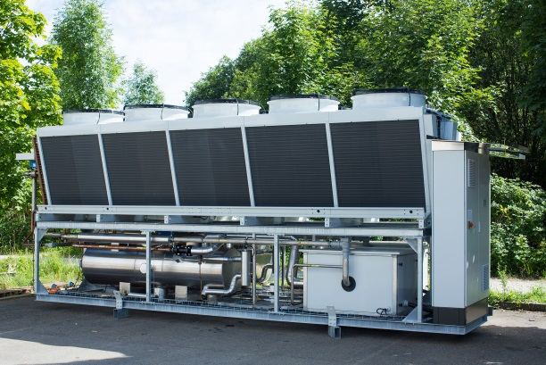 Flüssigkeitskühler mit Danfoss Turbocor Verdichtern, luftgekühlt